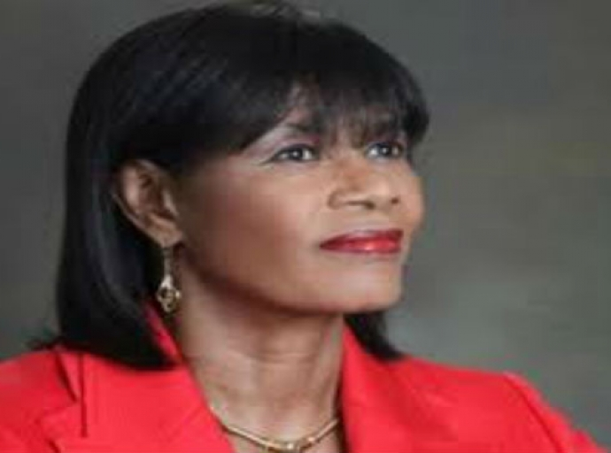 U.S. Group Honors Former Jamaica P.M.